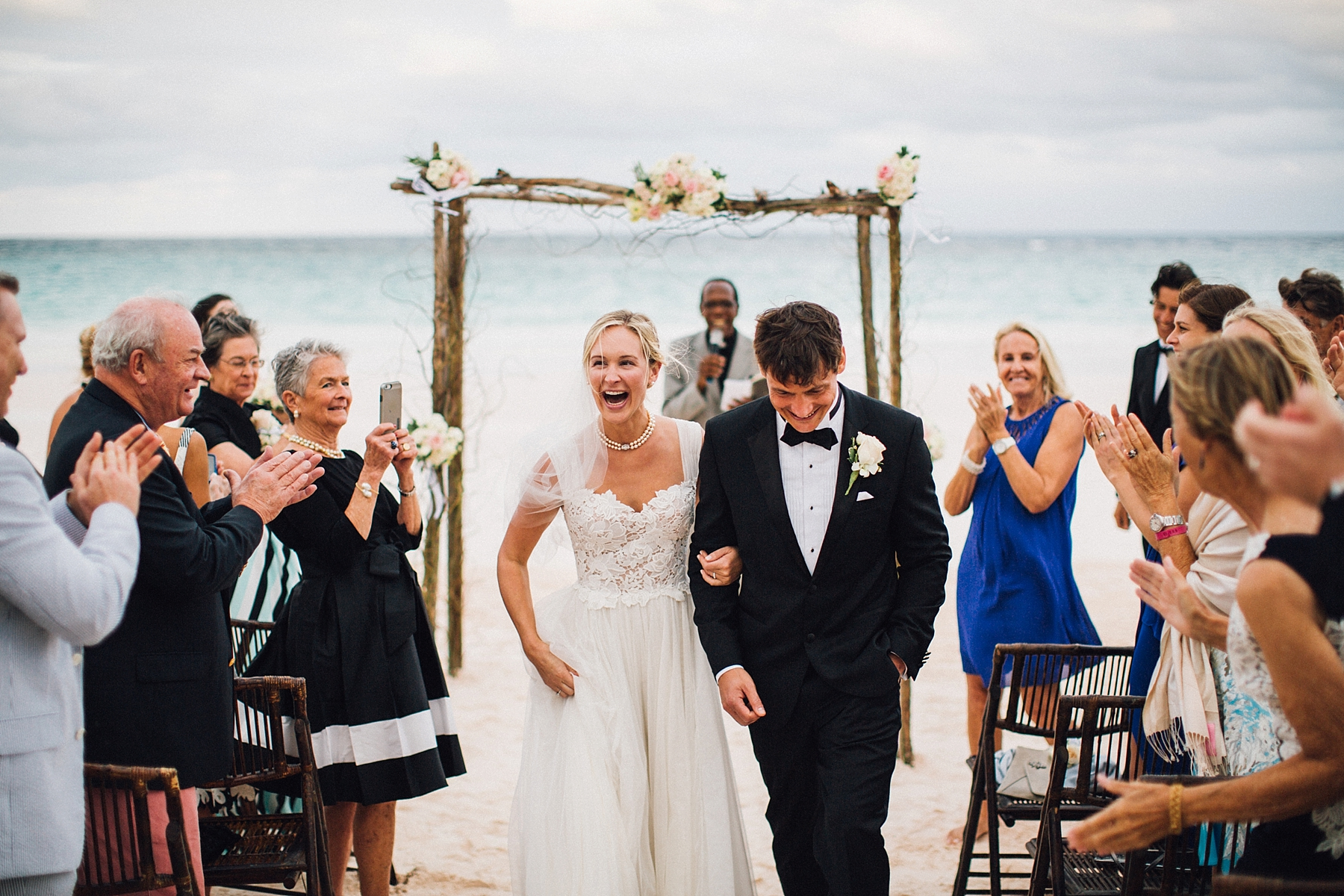 intimate-destination-wedding-beach-moments-harbour-island_0053.jpg