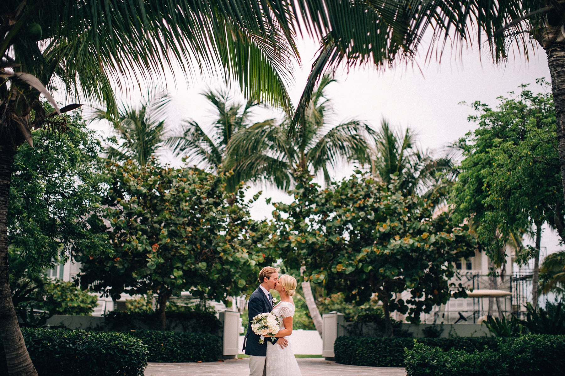 briland-wedding-photographer-harbour-island-bahamas_0025.jpg