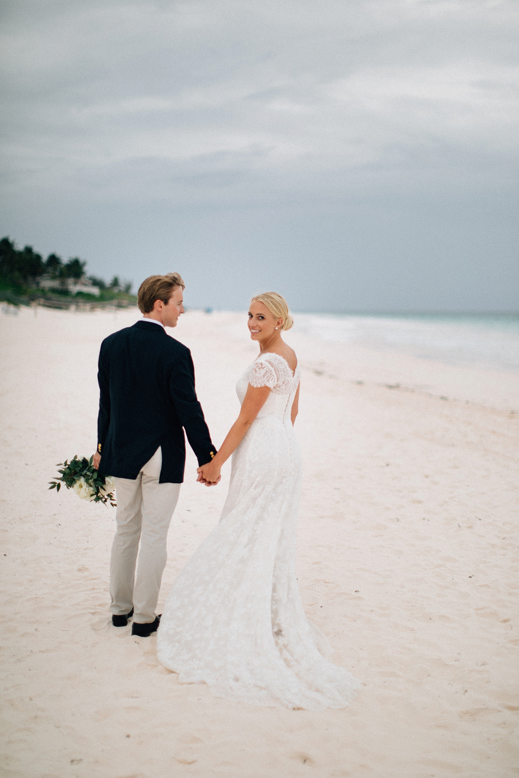 briland-wedding-photographer-harbour-island-bahamas_0036.jpg