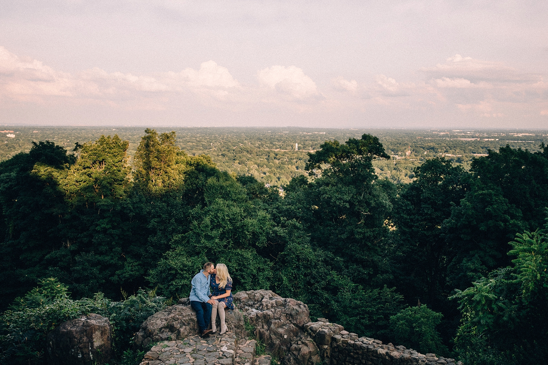 new_jersey_overlook_mountain_Engagement_session_wedding_0008.jpg
