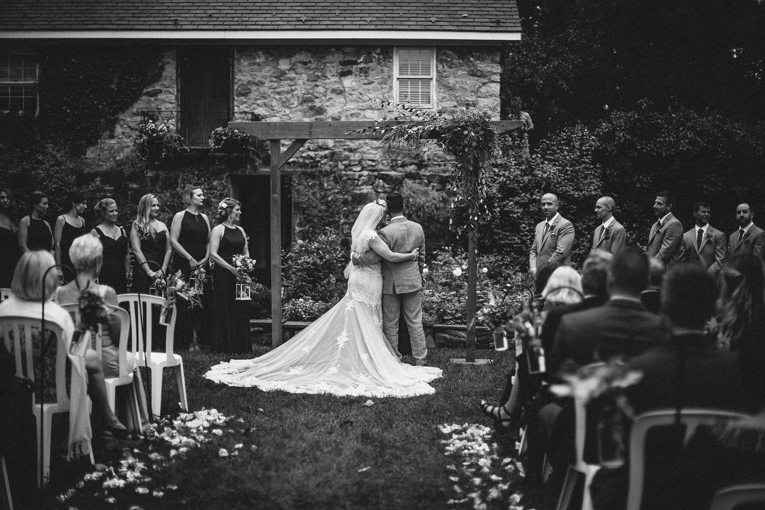 crossed-keys-outdoor-ceremony-camp-wedding-photo_0039.jpg