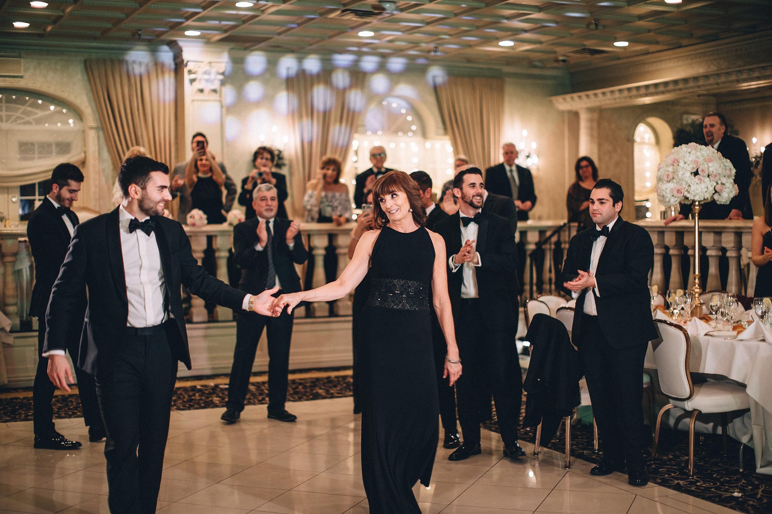 winter-wedding-snow-indoor-ceremony-nj-photographer_0040.jpg