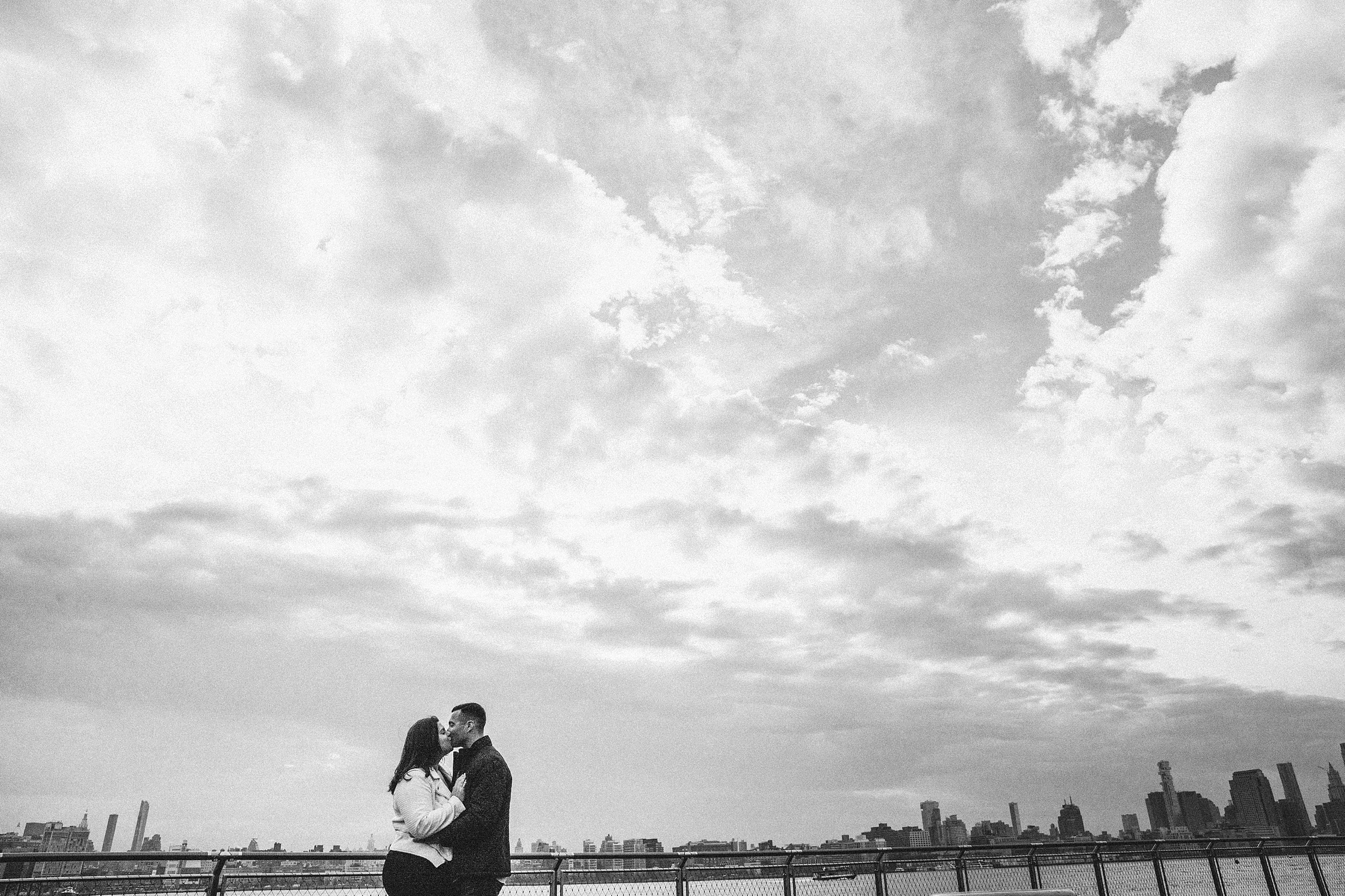 hoboken-engagement-session-pilot-winter-rainy-wedding_0009.jpg