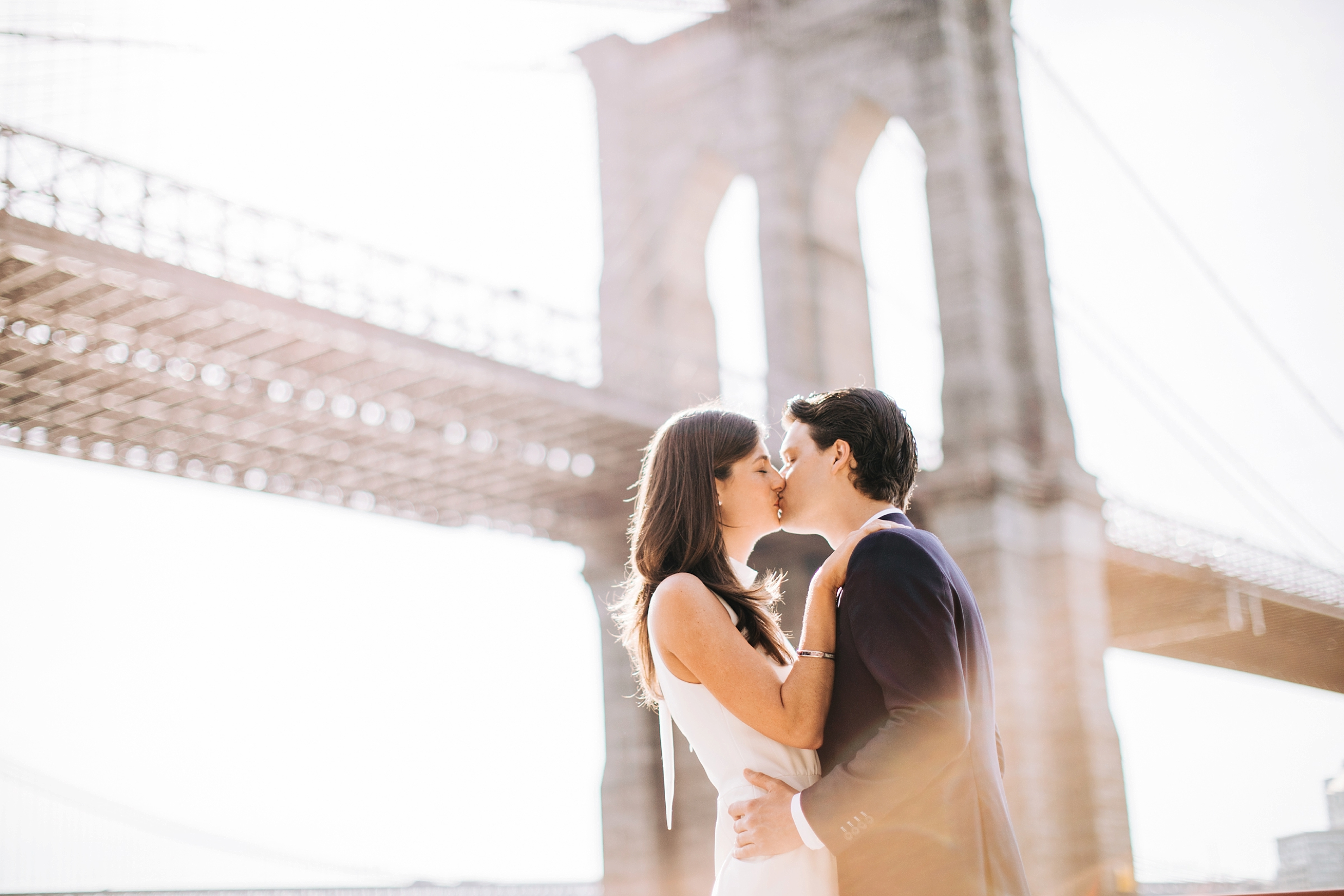 brooklyn-bridge-manhattan-engagement-session-photography-jumsuit_0007.jpg
