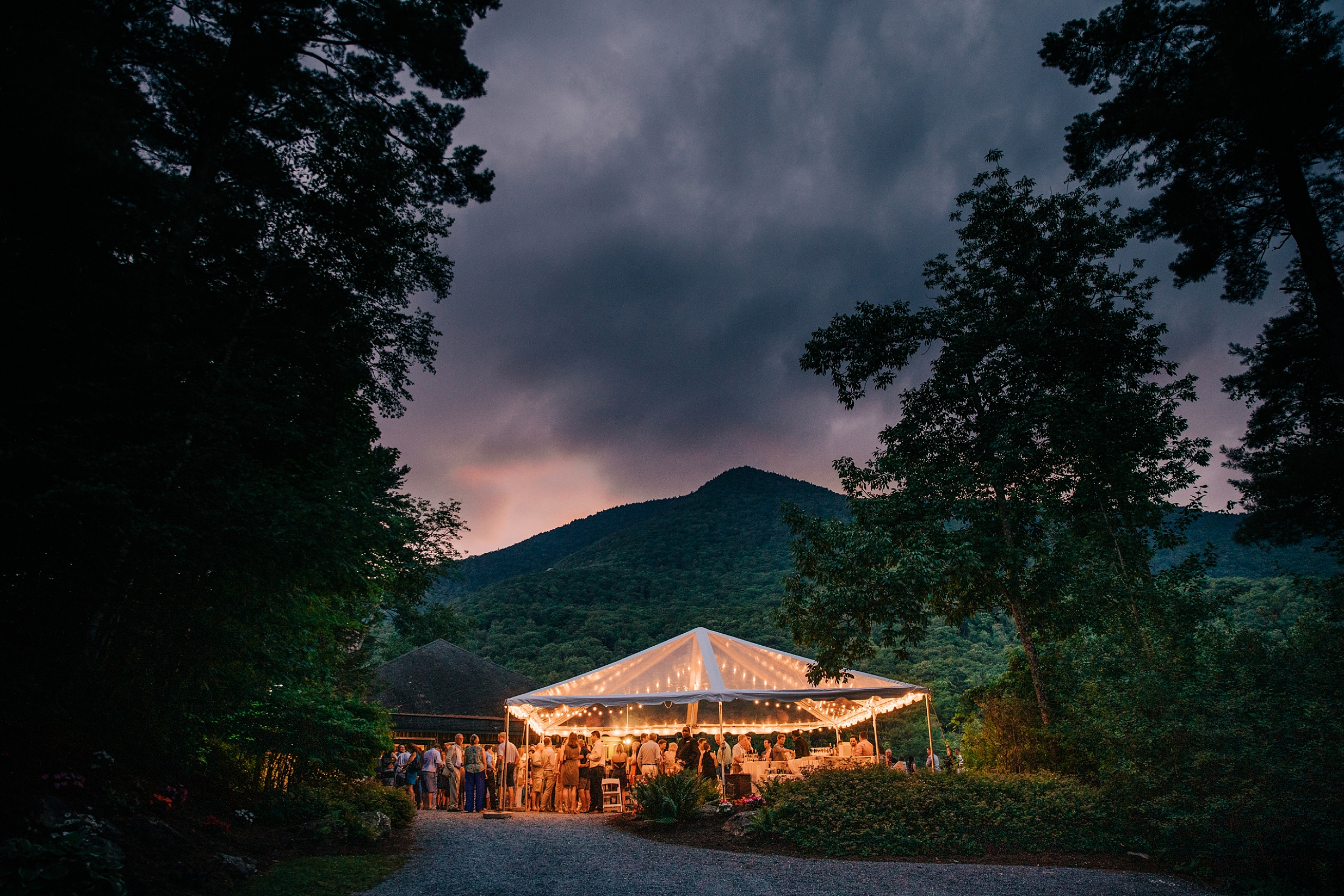 Dirty-dancing-lakeside-rehearsal-dinner-vermont_0009.jpg