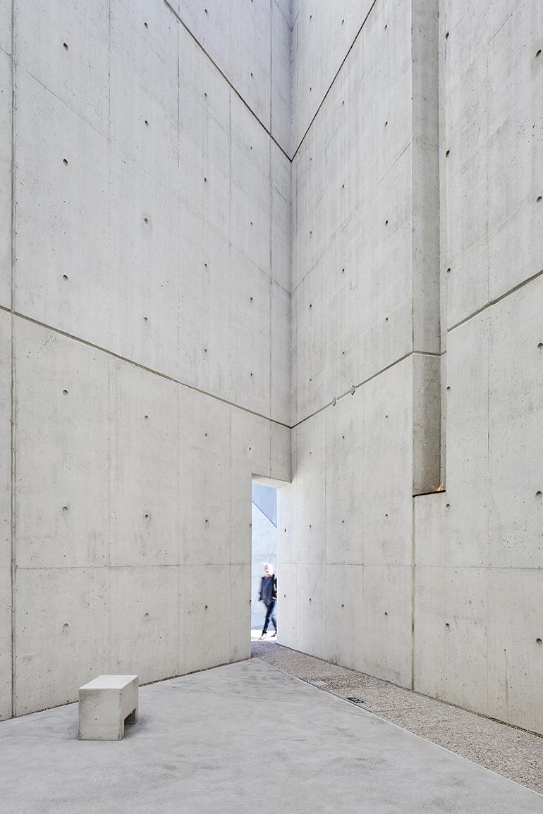 daniel-libeskind-national-holocaust-monument-ottawa-canada-02.jpg