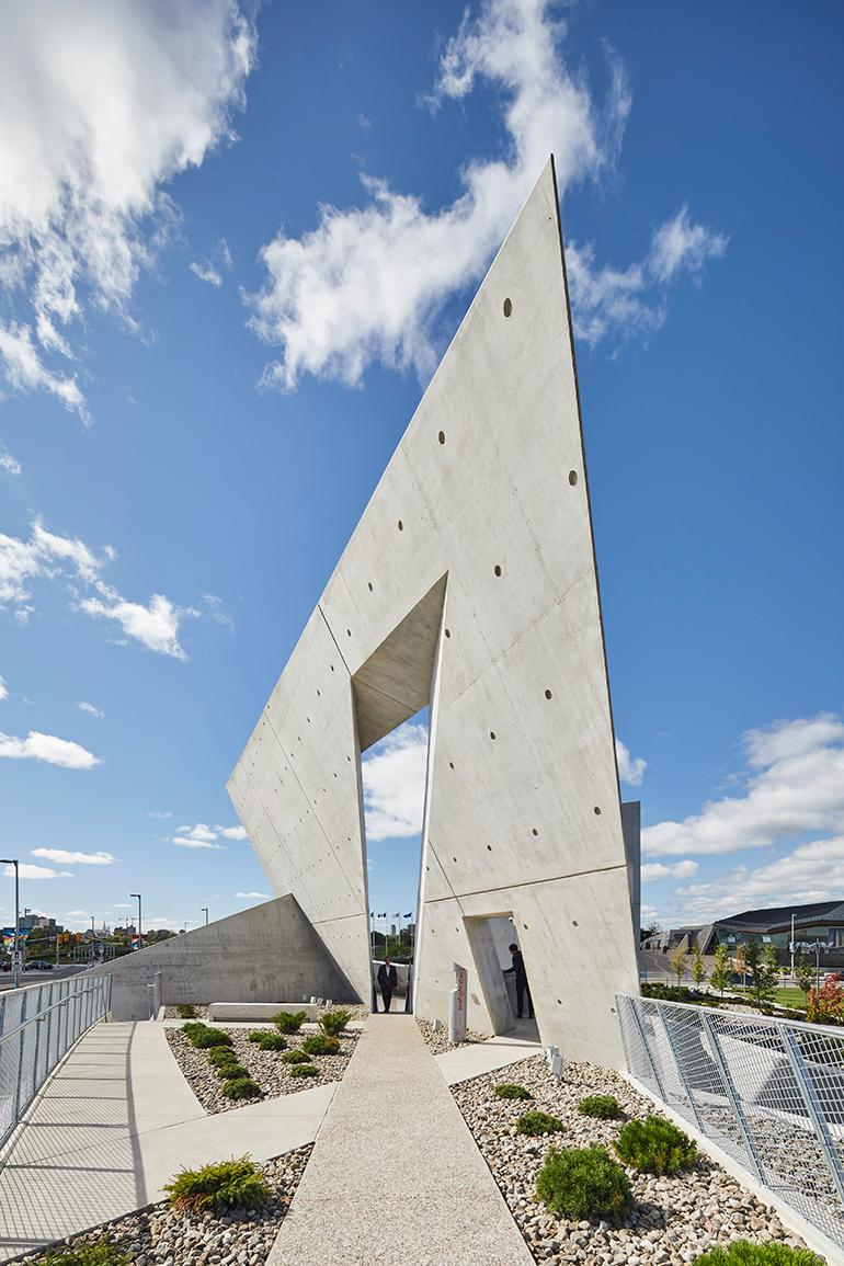daniel-libeskind-national-holocaust-monument-ottawa-canada-04.jpg