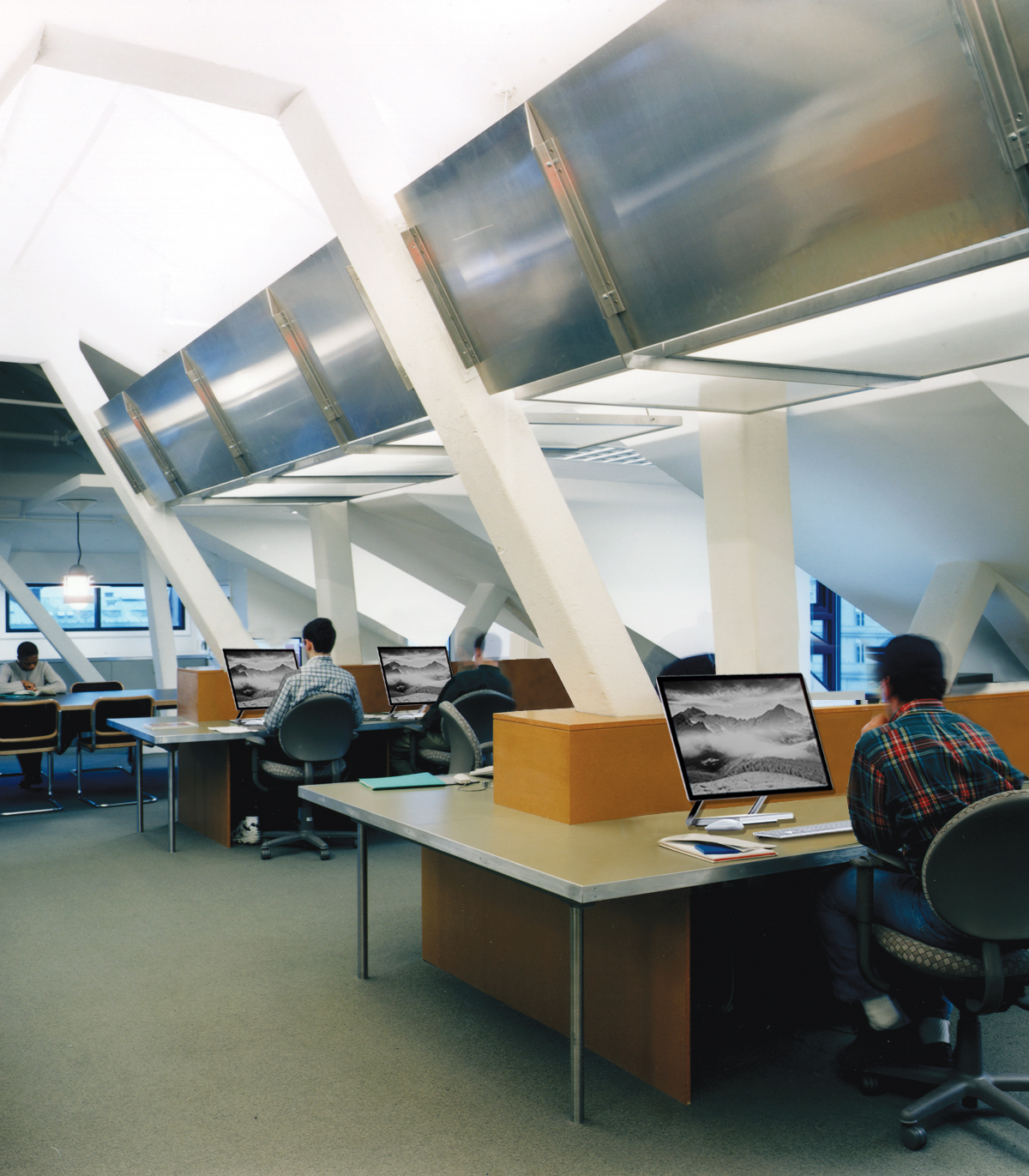 JSCH03 with new computers.jpg