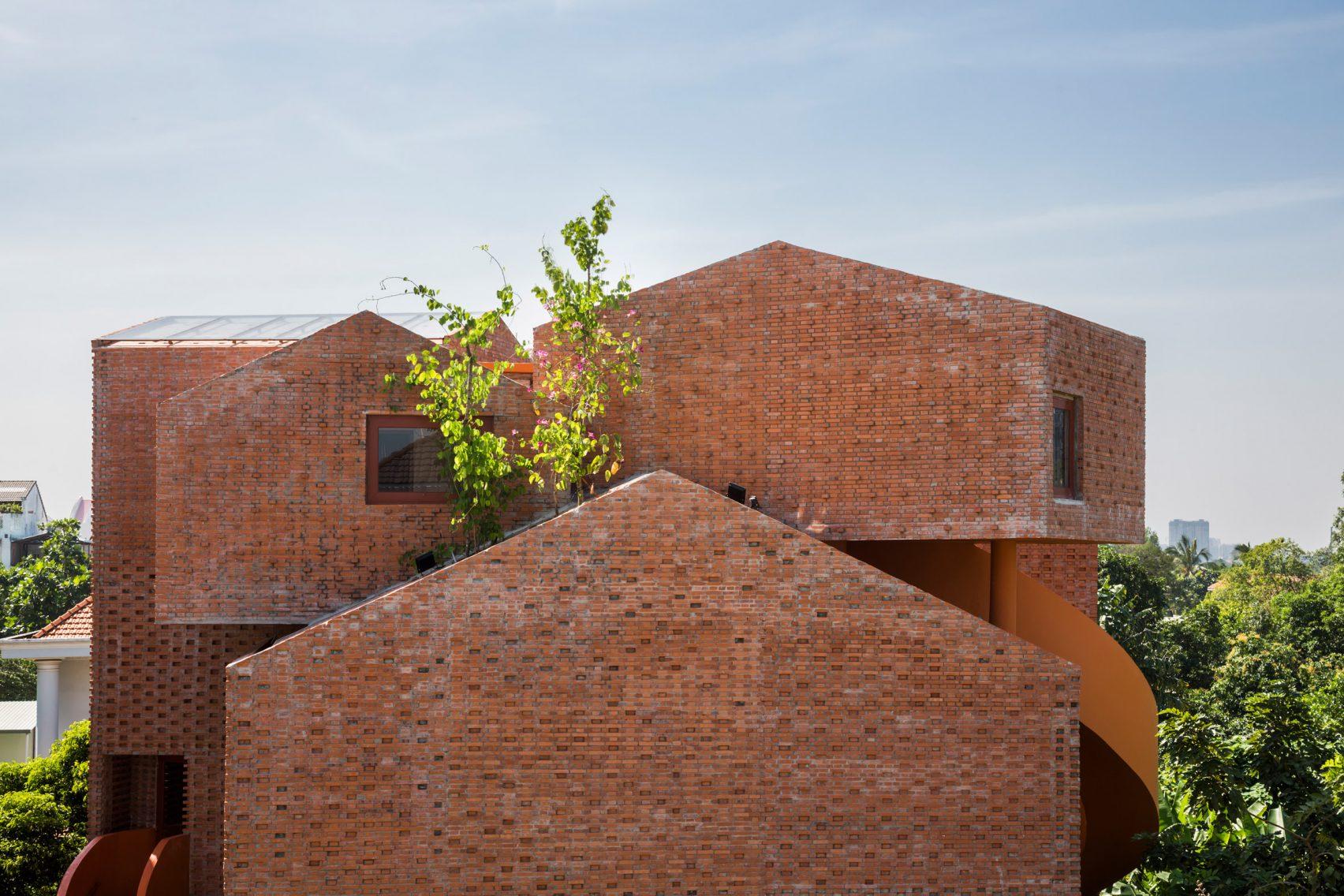 chuon-chuon-kim-kindergarten-kientruc-o-architecture-education-vietnam_dezeen_2364_col_2-1704x1136.jpg