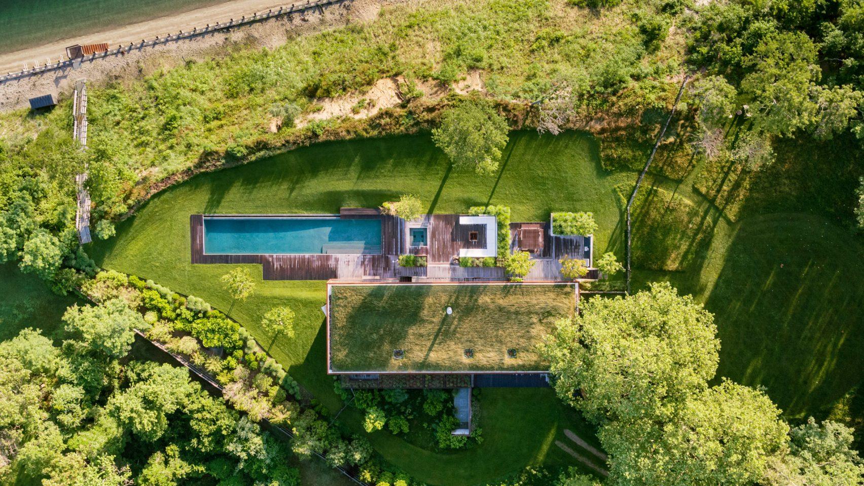 peconic-house-mapos-studio-hamptons-long-island-new-york_dezeen_hero-a-1704x959.jpg