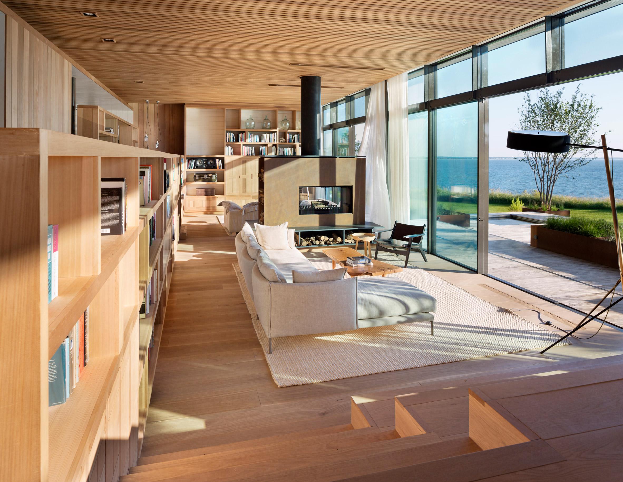 peconic-house-mapos-studio-hamptons-long-island-new-york_dezeen_2364_col_16.jpg