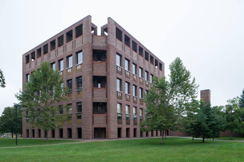 louis-kahn-xavier-de-jaureguiberry-library-at-phillips-exeter-academy 10.jpg