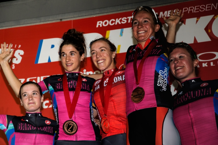 Women's podium. Kacey 1st (center), Ainara 2nd (left) and Gretchen 3rd (the one that looks wayyyy taller than everyone on the right)   Photos by Rachello/Mavian and Daniele Falcone, (borrowed from Red Hook Crit official photo blog)