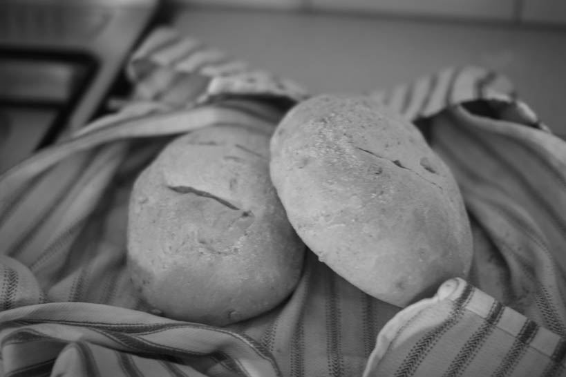 Bread || thinkbiglivesimply.com