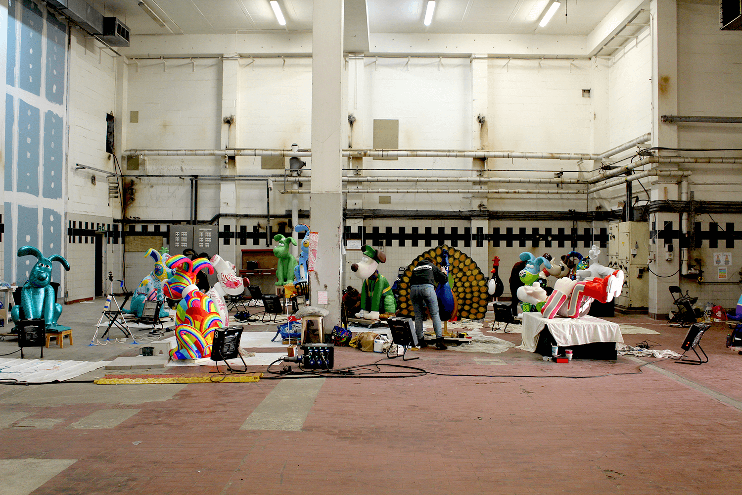 The painting space, amongst some of the other sculptures being painted by other artists