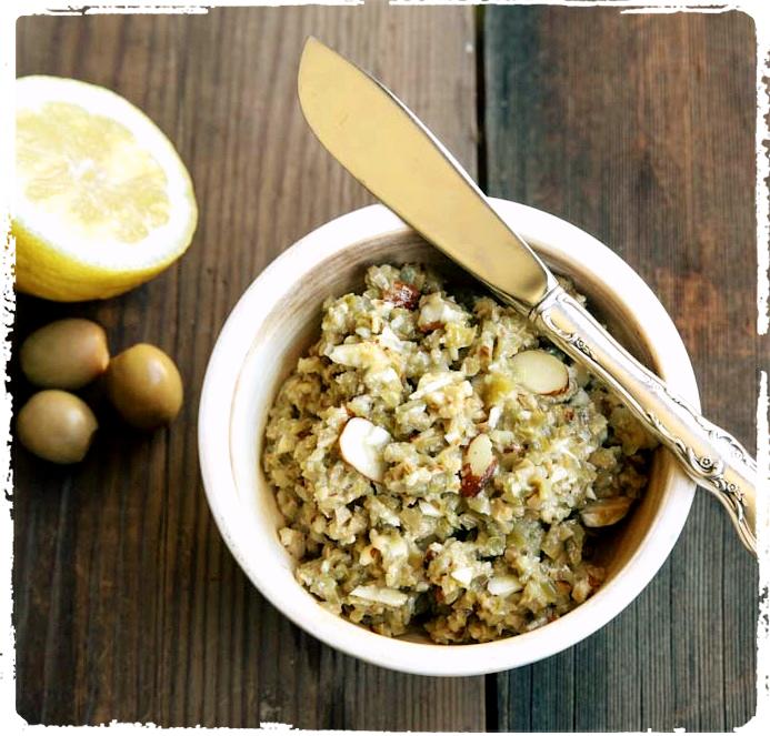 Olive-Almond-Tapenade-Recipe-6_Fotor.jpg