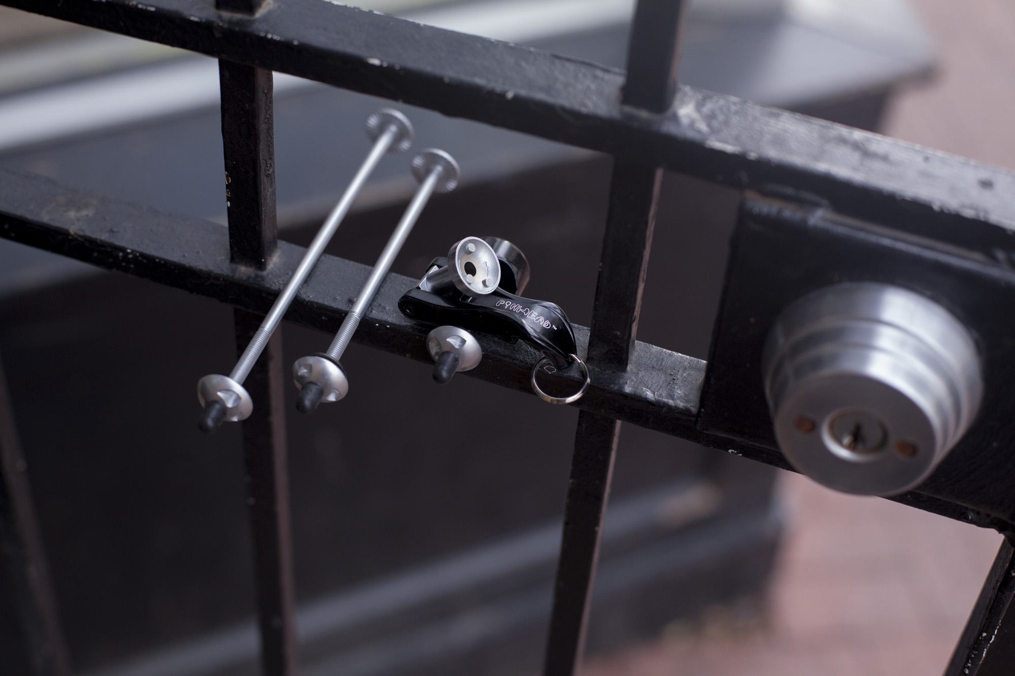 Pinhead Locking Skewer