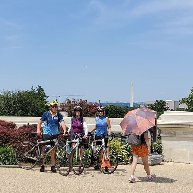 Taking today's #CityExplorers ride to new highs as we rode to some of the high spots in #washingtondc. Just our way of having a #sundayfunday. #bikedc #bspacerides #bicycleride #bicycleshop #cyclingpictures #igbicycle #sedc #nedc #nwdc #mydccool #acreativedc #welovedc #dcbikeride