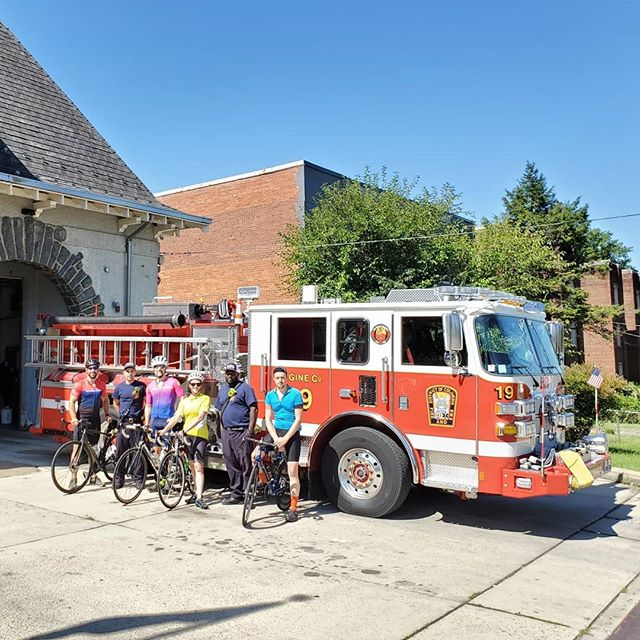Our Mighty #HillsOfAnacostia ride could not really get much more Mightier today than with a stop at @dcfireandems Engine Fire House 19 for a little H2O break! Big thanks to #DCsBravest Lemons and Dominguez for the hospitality. Nothing but the best there... And, oh, yeah, we did end up riding some 30 miles with a tad, just a tad, over 3,400 feet of turning those pedals climbing! #bikedc #bspacerides #bicycleride #bicycleshop #cyclingpictures #igbicycle #anacostiadc #anacostia #dcbike #dcbikeride #dcbikelife #bikelifedc #washingtondc #thedistrict #districtofcolumbia #eotr #eastoftheriver