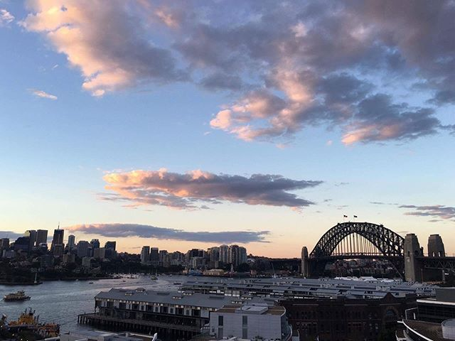 No filter for this beautiful city skyline that I get to call home. This photo was taken on my birthday a few years ago. Feeling a little homesick today. #istillcallaustraliahome . . . . #aussie #aussiesofinstagram #thecoathanger #sydneyharbour #circularquay #instapassport #wanderlust #citylife #cityskyline #citysky #sunset #citysunset @sydney @cityofsydney @timeoutsydney @hotelpalisade #sydney #sydneyaustralia