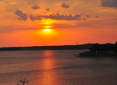 Lake Thunderbird in Norman, Oklahoma   (TravelOK)