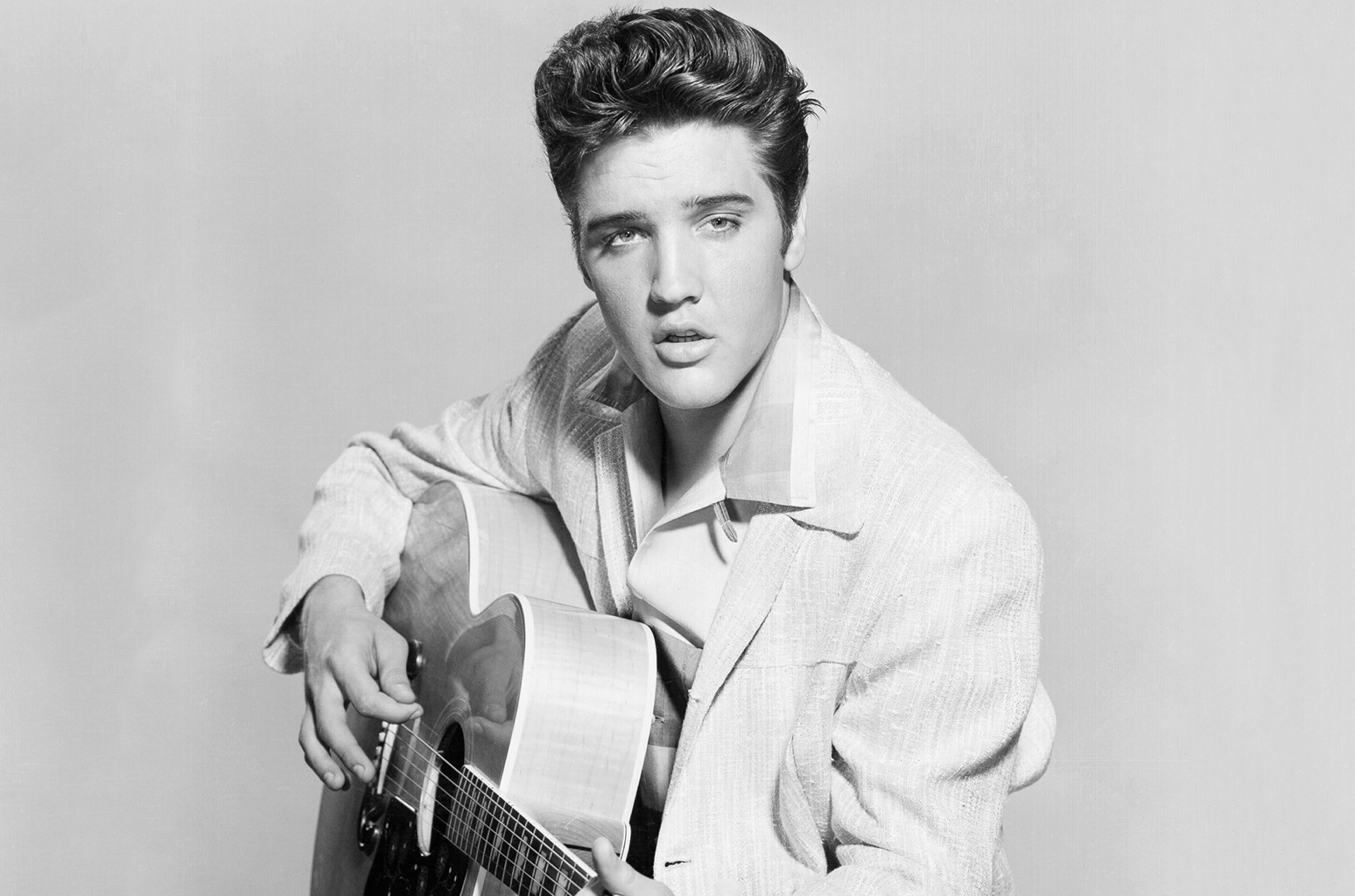 elvis-presley-bw-acoustic-billboard-1548.jpg