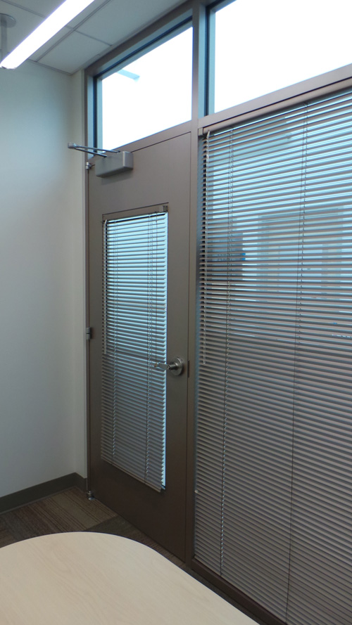 platinum_touch_design-interior-office-blinds