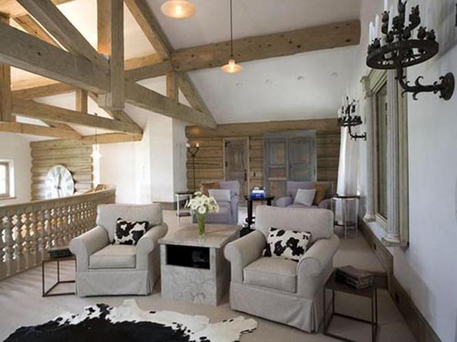 platinum_touch_interior_design-residential_european_family_room