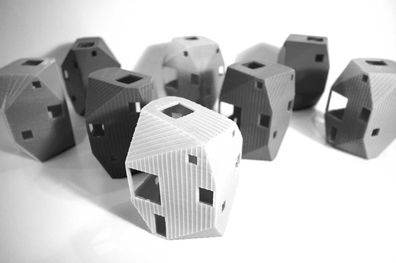 steven-christensen_heptagon-house_models_1280.jpg