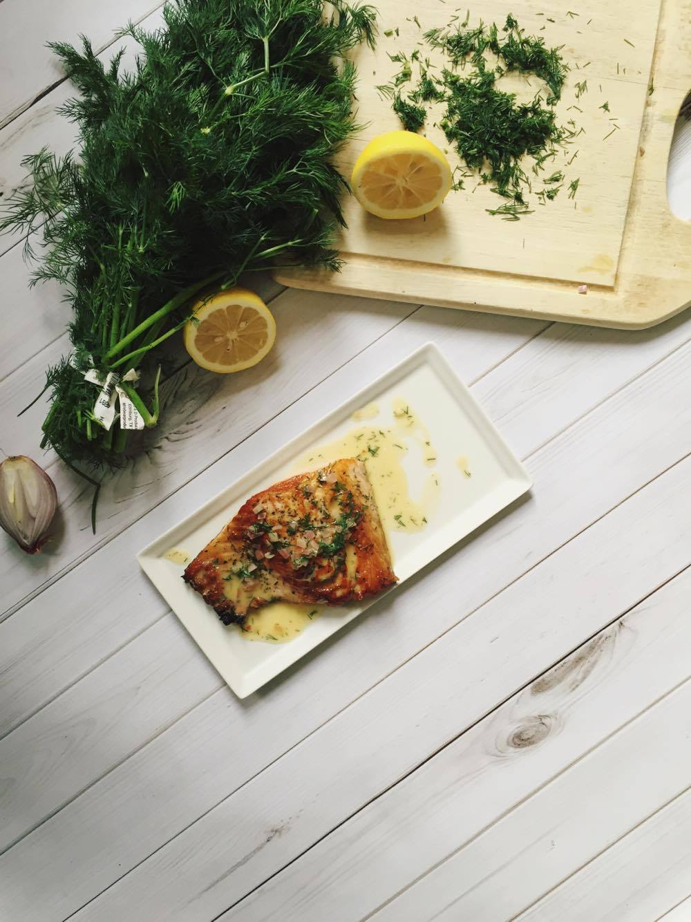 salmon with dill beurre blanc