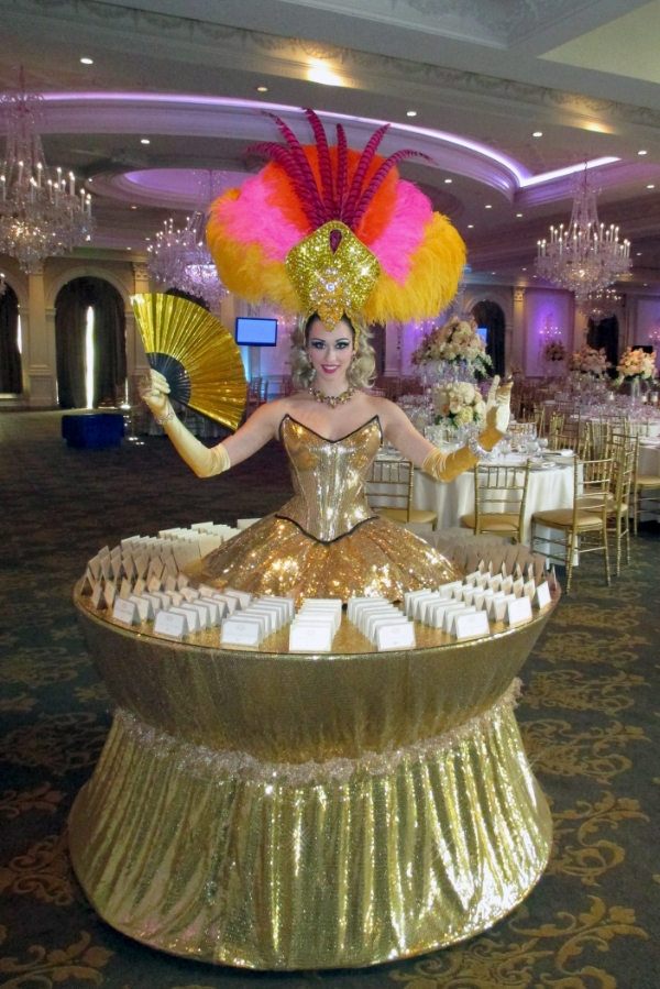 Table-Gold-Colors-Showgirl.jpg
