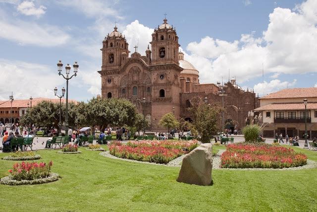 Church_of_La_Compania.jpg