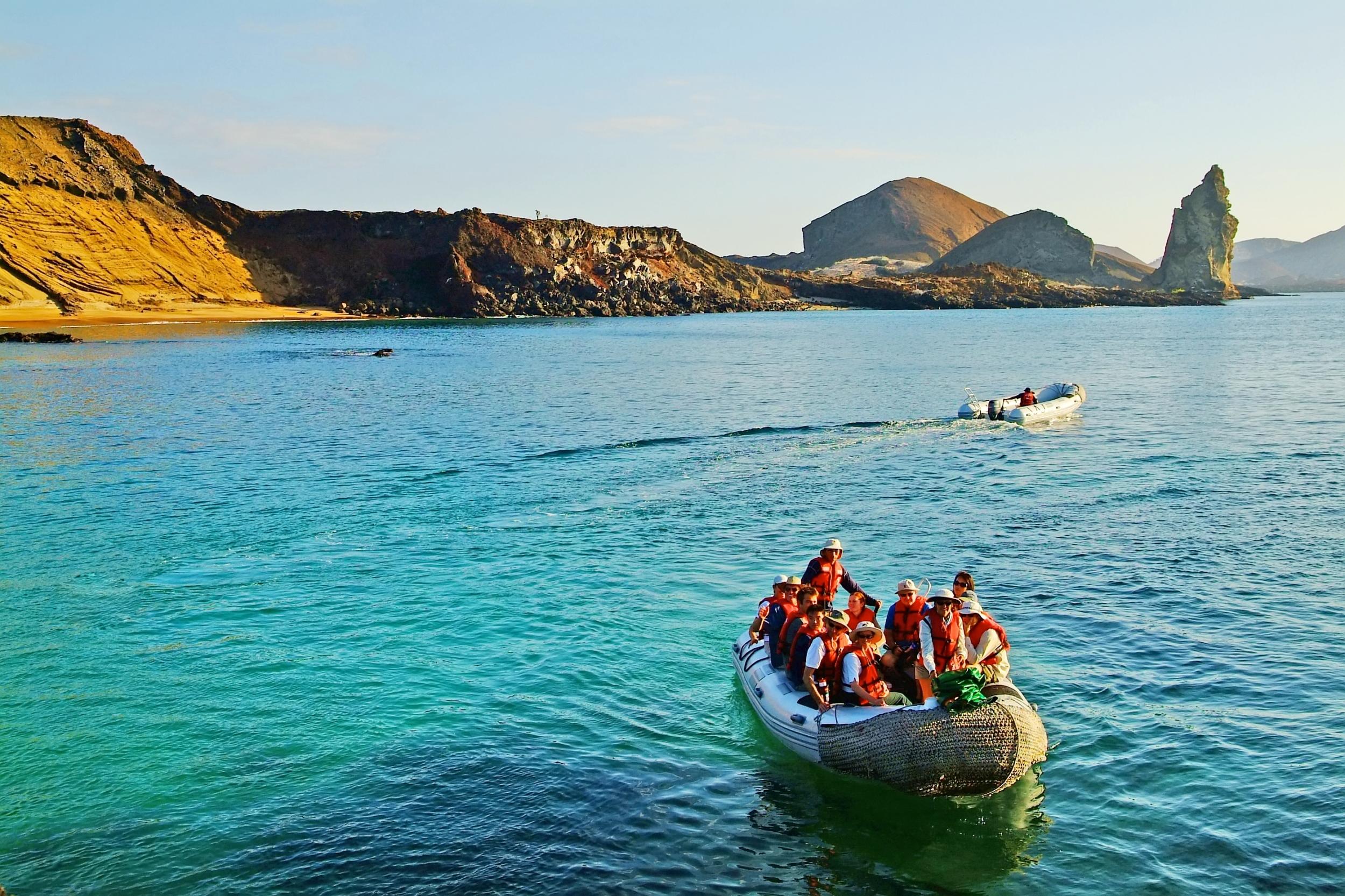luxury-cruise-Galapagos-Athala-02.jpg