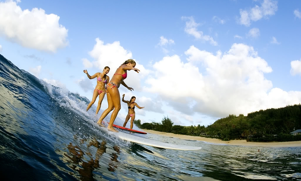 surfergirls x3.jpg