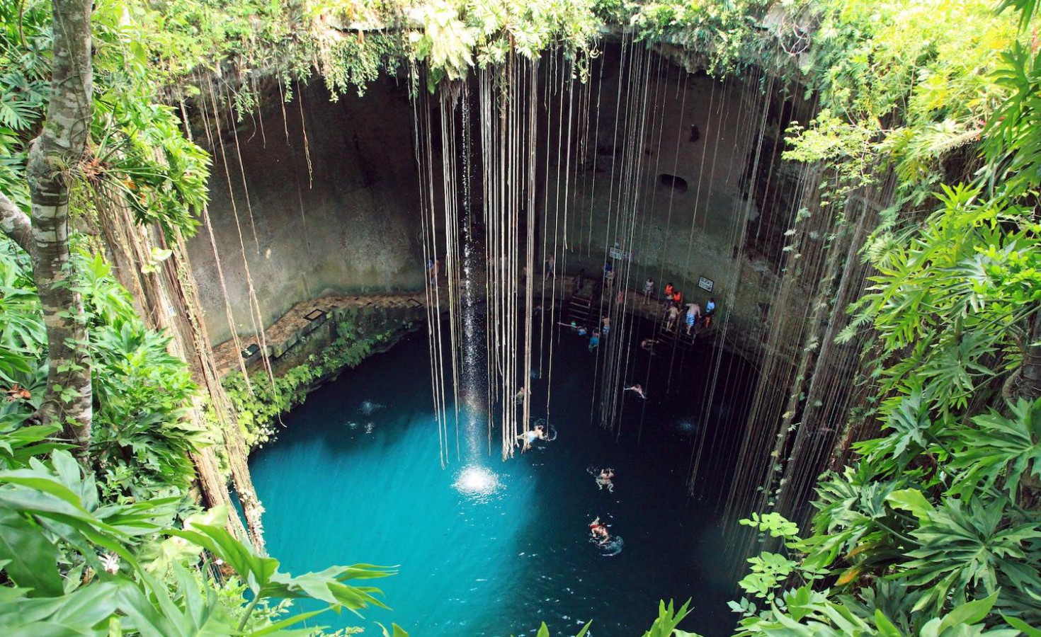 Excursiones-en-riviera-maya-cenote-ik-kil-1470x900.jpg