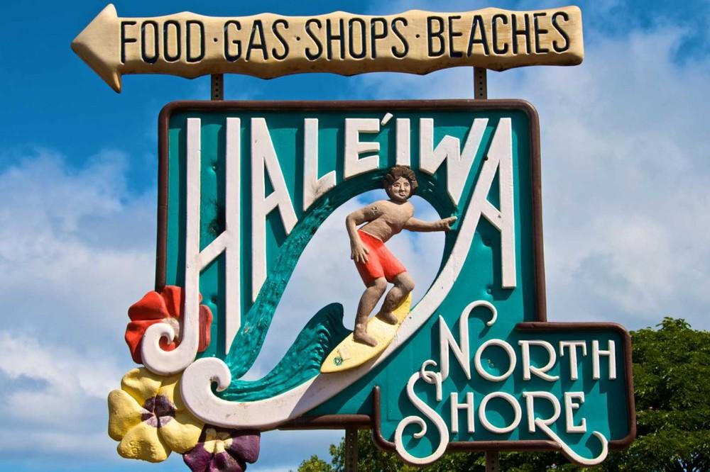 haleiwa-surf-sign-1024x682.jpg