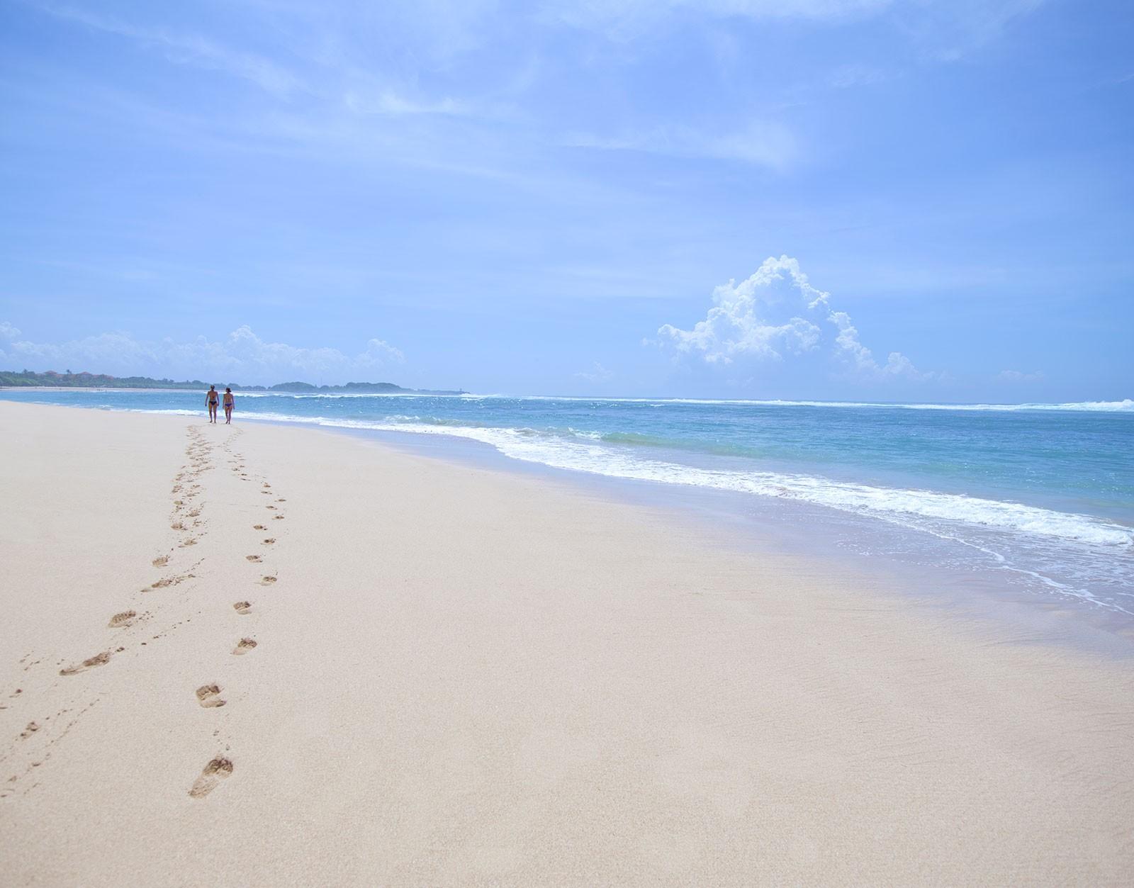 24-Nusa-Beach.jpg