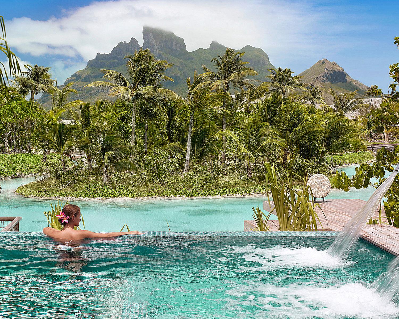 Four Seasons Bora Bora 08.jpg