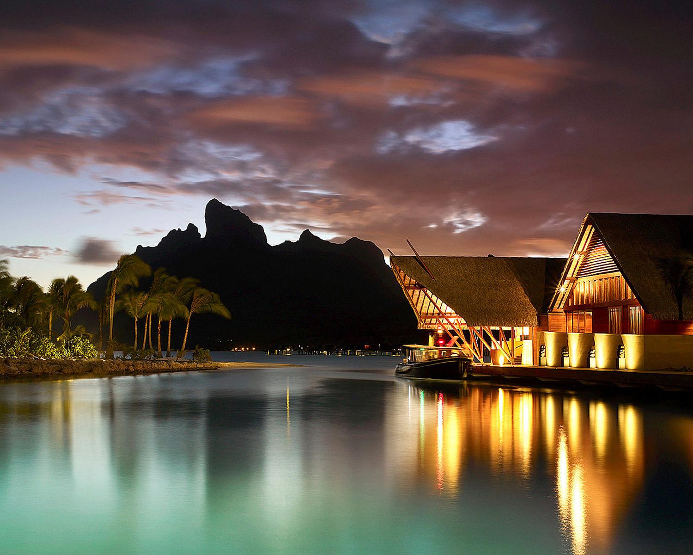 Four Seasons Bora Bora 05.jpg