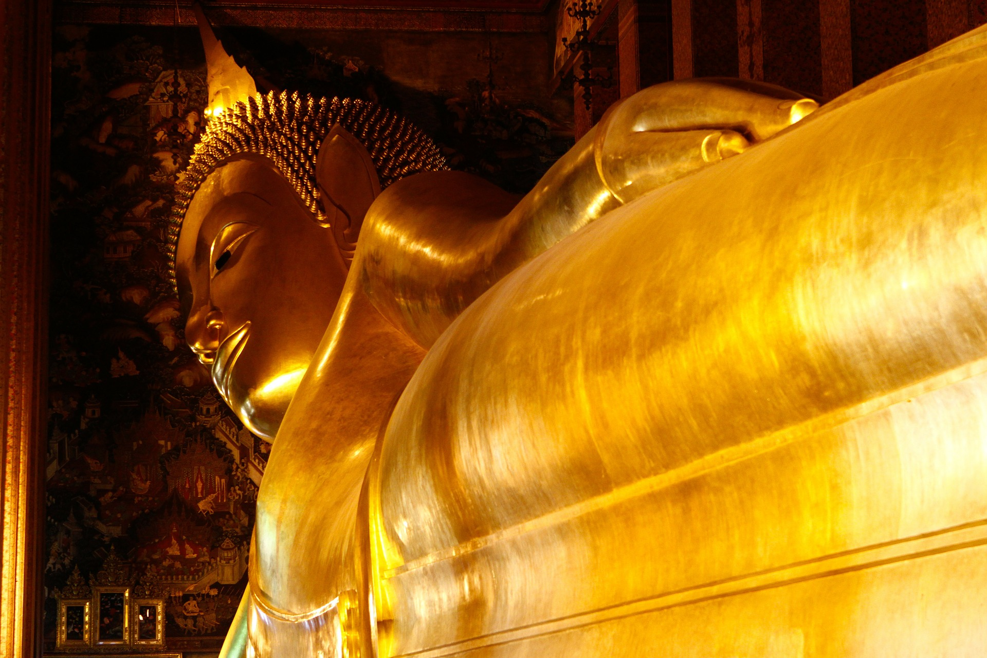 buddha-340501_1920.jpg