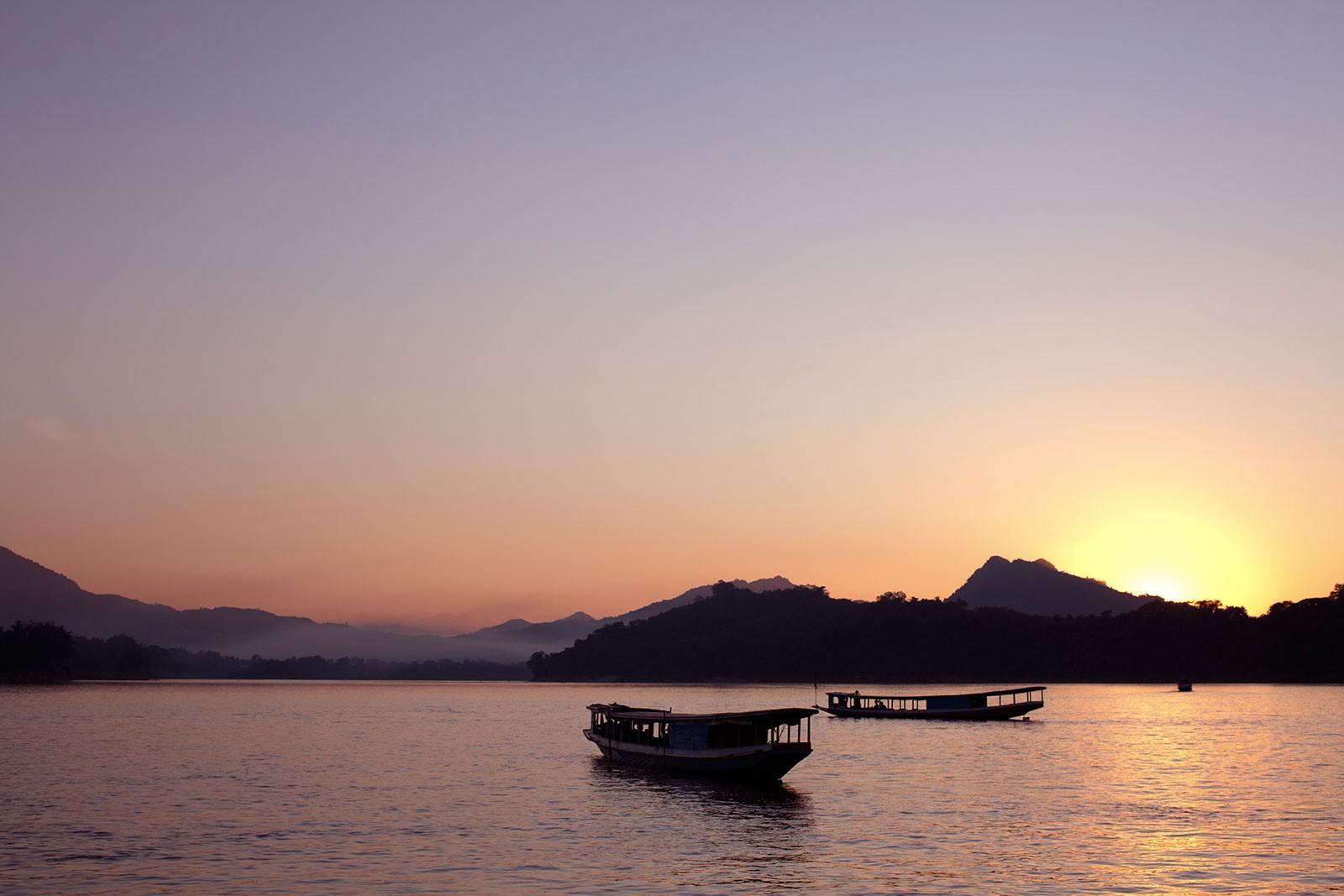 09-Taka-River-Boat_Dusk.jpg