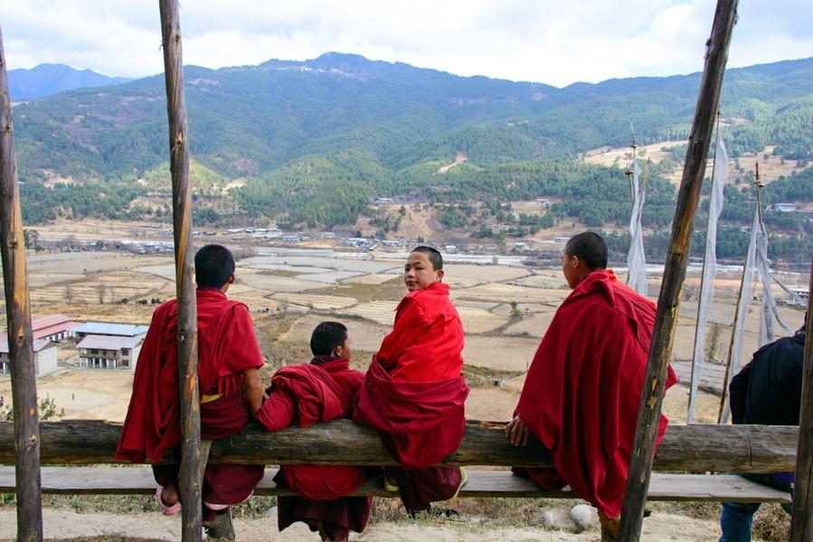 07 Jakar Dzong Monks_1400x600.jpg
