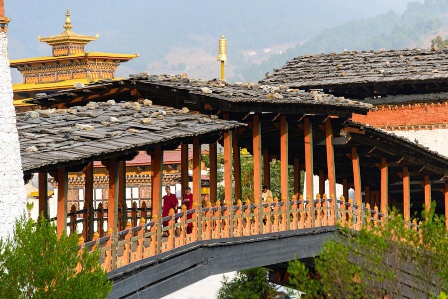 14 Punakha Dzong Bridge_1400x600.jpg