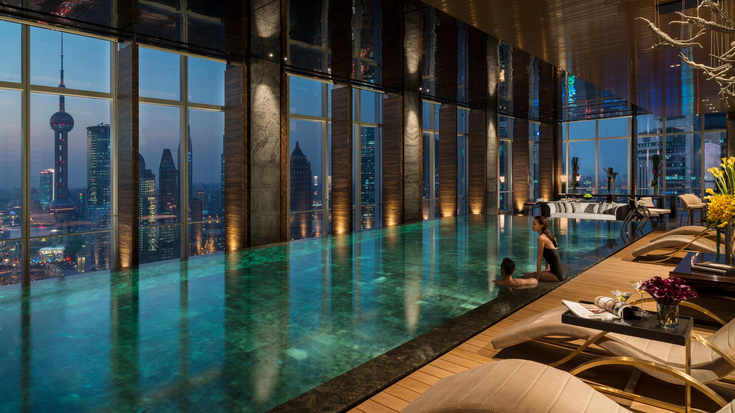 four-seasons-shanghai-pudong-pool-2400x1350.jpg