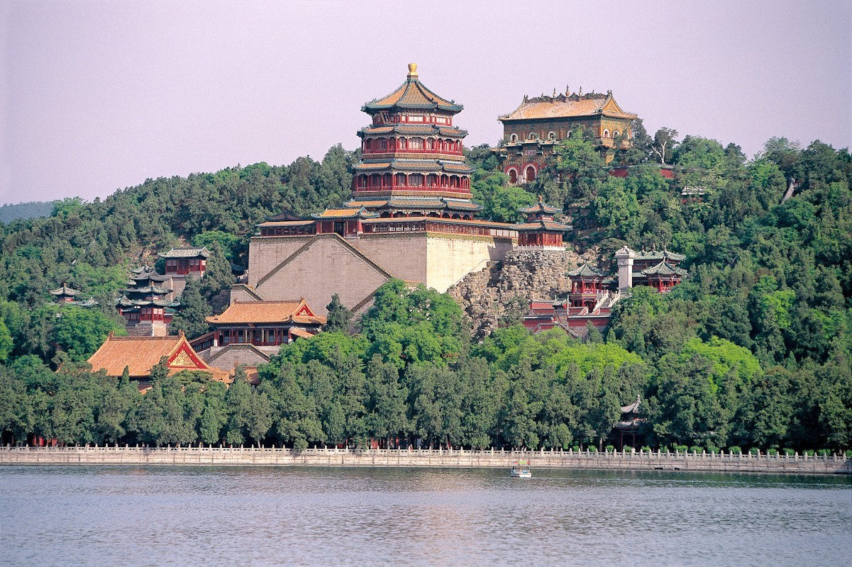 tower_of_the_fragrance_of_the_buddha_2_0.jpg