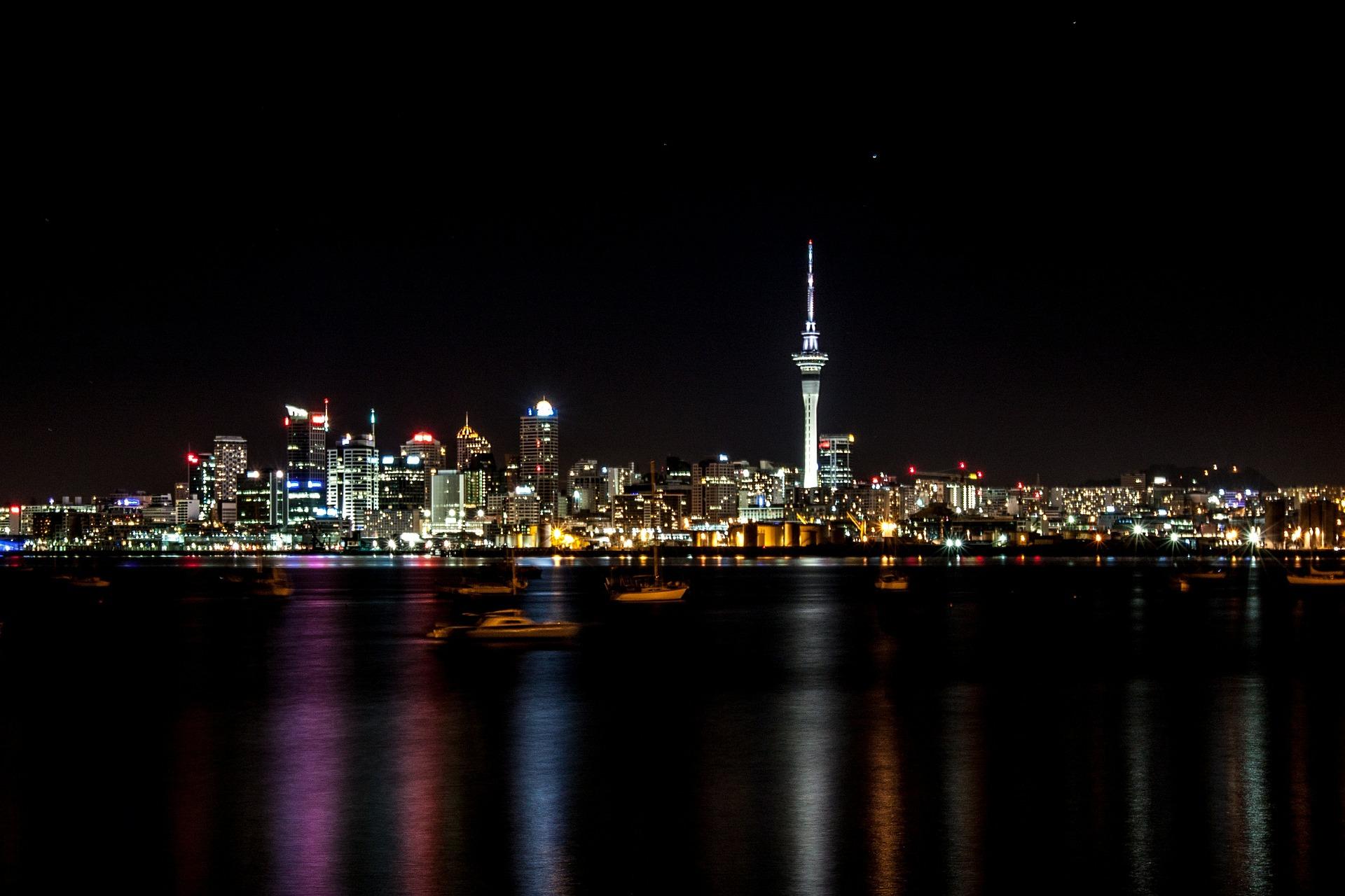 night-461707_1920.jpg
