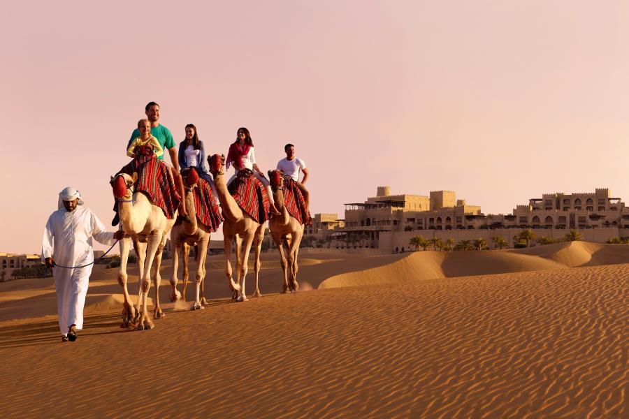 04-Visit-Abu-Dhabi-Home-Page-2014.jpg