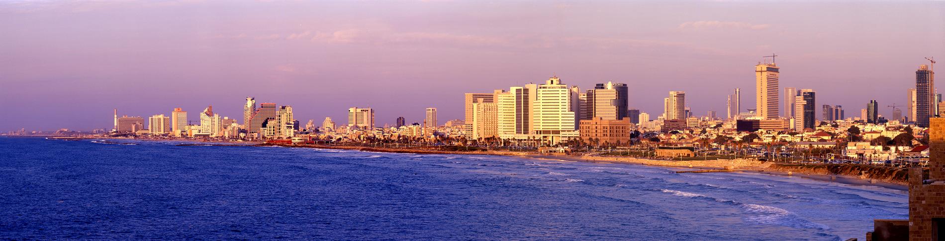 Tel_Aviv_shoreline.jpg