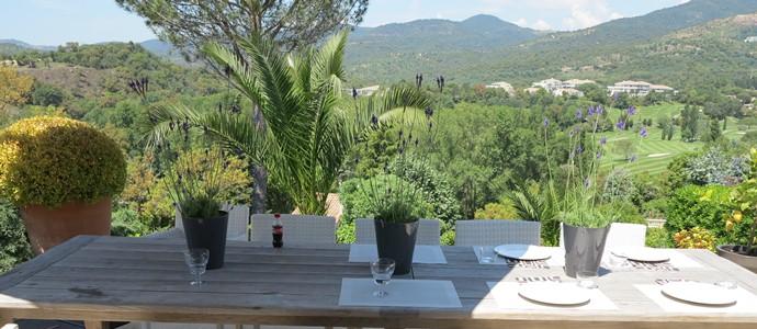 Dropbox-terrace-table.jpg