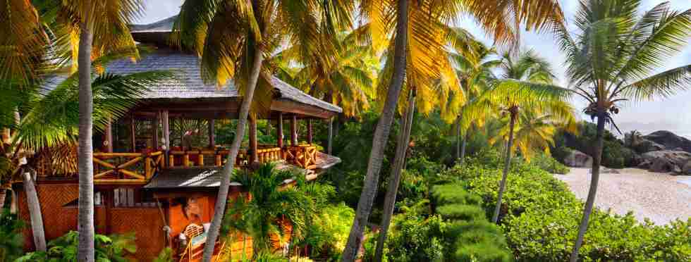 3-Luxury-British-Virgin-Islands-Valley-Trunk-Villa.jpg